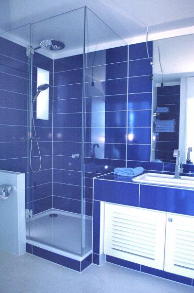 Das blaue Bad