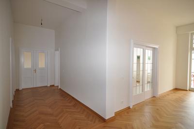 300m² in Schwabing/ Maxvorstadt